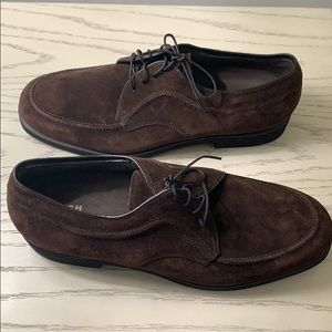 Hush Puppies Man Brown Suede Dress Shoes.